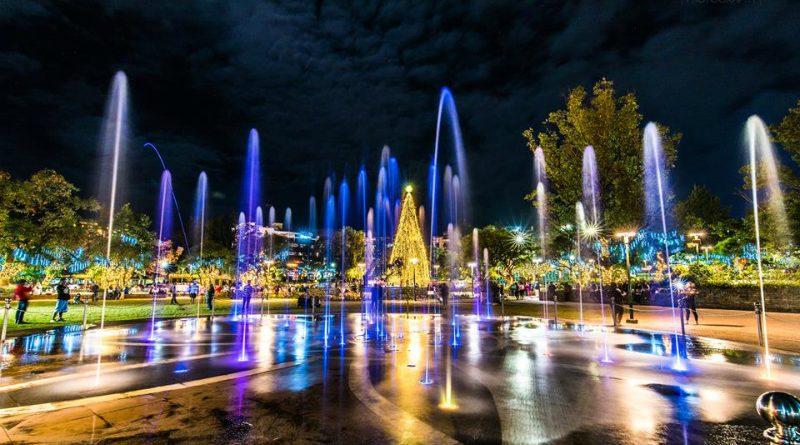 burnham-fountain-christmas-tree-guilf-nadunop