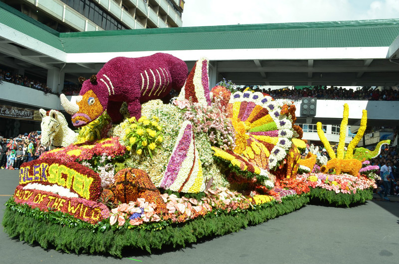ROAD ATTRACTION . The Manila North Tollways Corporation float, Beauty of the Wild, win again in the big float category of the 2017 Panagbenga Grand Float Competition. Photo by JOSEPH B. MANZANO.