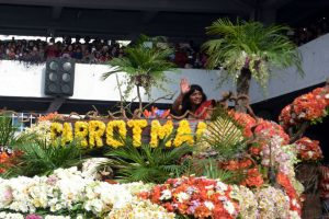 Carrot Man Jeyrick Sigmaton joined the 22nd edition of the Baguio Flower Festival or the Panagbenga 2017 Grand Float Parade in Baguio City over the weekend. RMC PIA-CAR