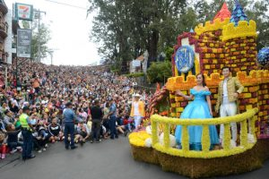 A castle themed float bannered by SM wowed the Session Road crowd during the Panagbenga Grand Float competition over the weekend. RMC PIA-CAR