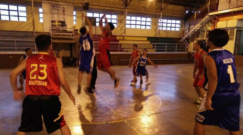 SAME RESULTS - The Wesleyans (red uniform) and Assembly of God (blue uniform) jumped it up at center court in this file photo last August 25, 2016. Both teams among those who opened the league that resulted to the Wesleyans hacking out a 102-99 squeaker win. It was a different result this March 26, 2017 as both Wesleyans and Assembly of God came out with victories to further enhance their position atop the team standings of the Inter-religious Bracket of the Fifth Season of the Laity Cup. The Wesleyans defeated the Alliance Wonders to hike their record to 8-2, good for third place while the Assembly of God defeated the Don Bosco Boys to improve to 7-1, just half a game behind league leader Caliking Atok Youth Group. (March 26, 2017) ARMANDO M. BOLISLIS, photo by RODERICK V. PACUYAN.
