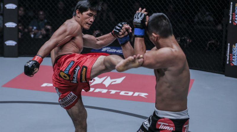 "EAT BOOT. Eduard ""Landslide"" Folayang let his leg do most of the talking in securing a methodical title-retaining victory over E.V. Ting during the ONE: Kings of Destiny last April 21, 2017 at the Mall of Asia Arena, Pasay City. Photo by ONE Championship."