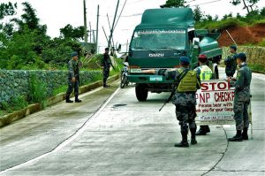SECURITY – The Cordillera Armed Forces and Police intensify their checkpoint operations along the major roads in the region. Motorists were advised to cooperate during inspection. (May 28, 2017) JOSEPH MANZANO